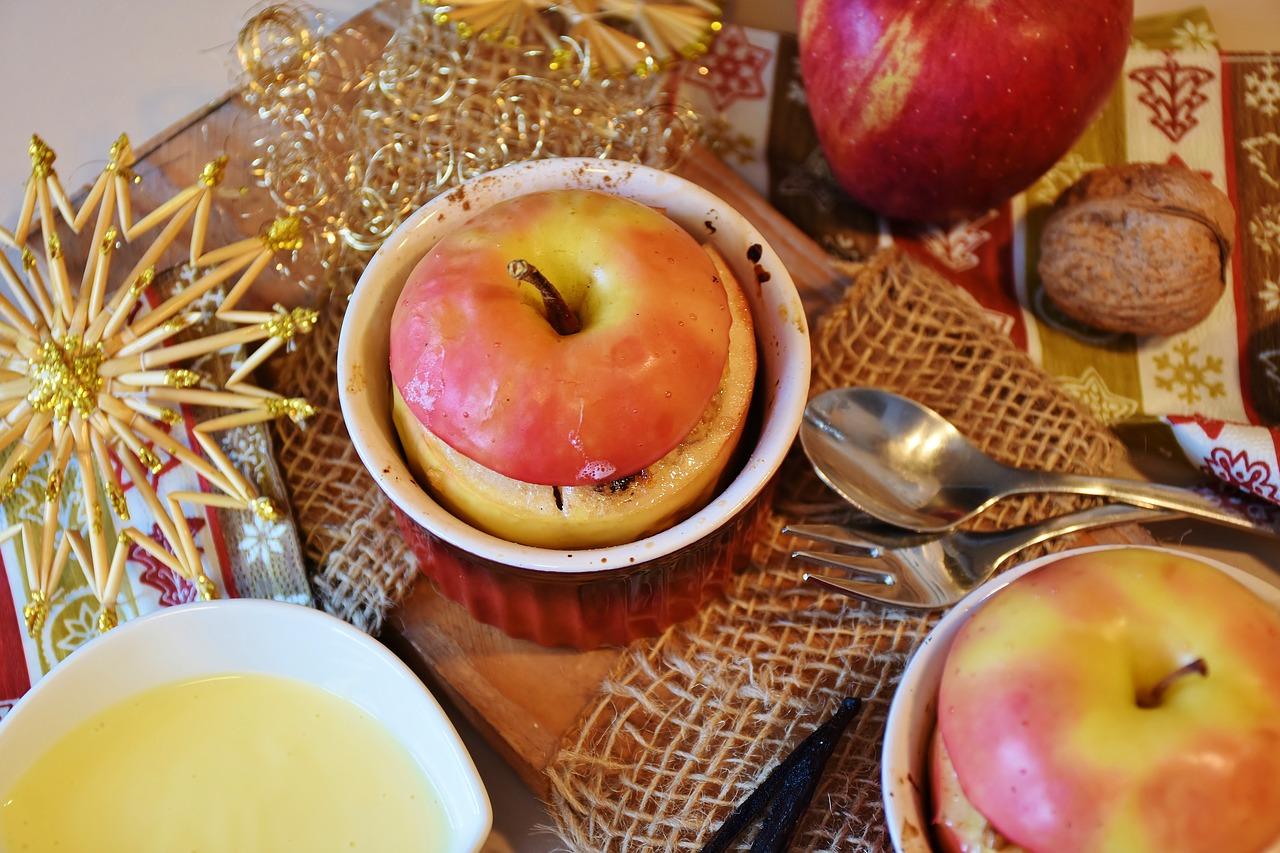 Rezept: Birnenspalten mit Schokoladensoße