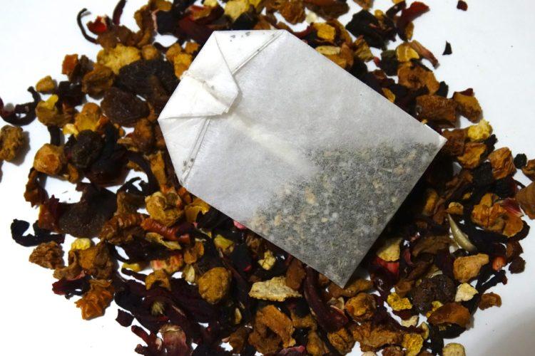 Teebeutel vs. Loser Tee, Vor- und Nachteile