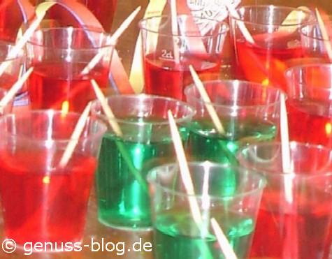 Wackelpudding Mit Schuss In Schnapsglasern Genuss Blog Kaffee