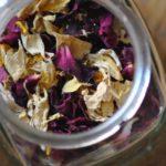 Essbare Blüten, kandiert und gezuckert – einfaches Rezept