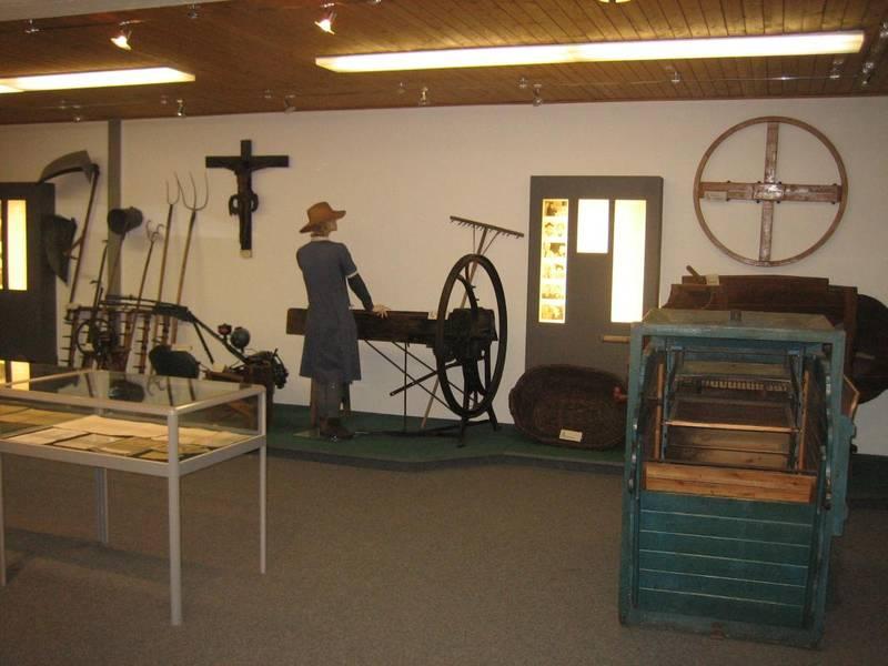 Anbau Werkzeug und Maschinen im Pfefferminzemuseum