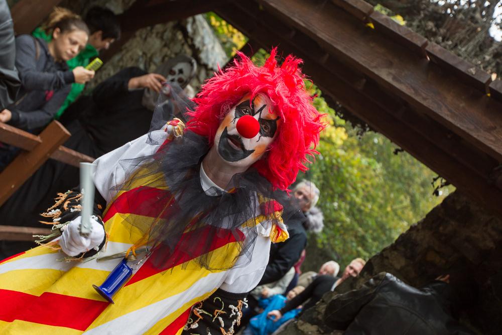 Auch Clowns gibt es auf der Burg Frankenstein