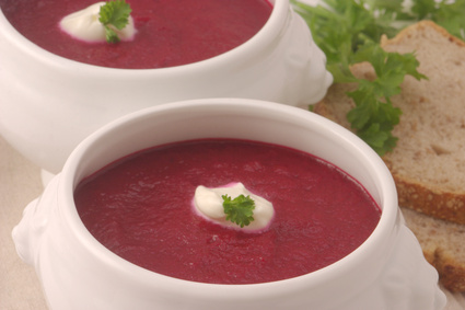 Rote Bete Suppe mit Chili